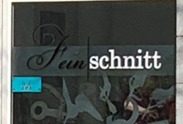Der zweite Schritt, äh… Schnitt